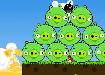 Play Angry Birds Cannon online - Screenshot 2