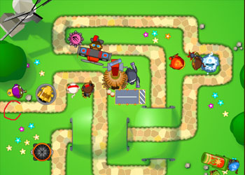 Play Bloons Tower Defense 5 online - Screenshot 2