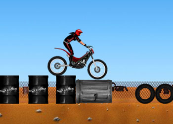 Play Hot Bikes online - Screenshot 2