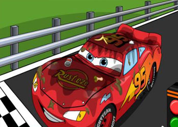 Play Lightning McQueen Car Wash online - Screenshot 1