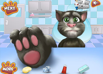 Play Talking Tom Foot Doctor online - Screenshot 1