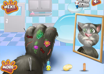 Play Talking Tom Foot Doctor online - Screenshot 2