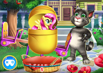 Play Talking Tom Kinder Surprise online - Screenshot 2